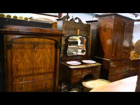 Meek's Antique Auctions