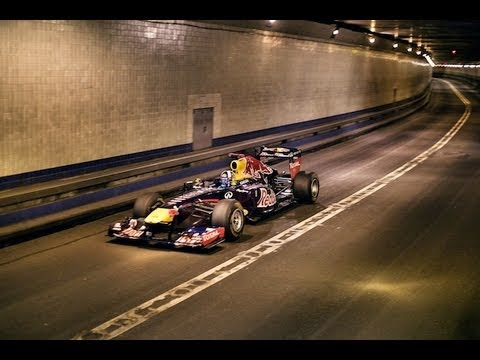 Red Bull Formula 1 Car Races Through Lincoln Tunnel At 190 Mph Youtube