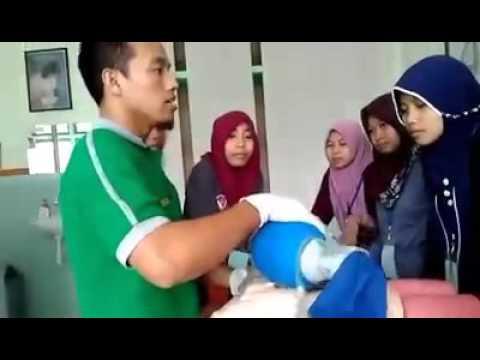 Pelatihan Btcls Jurusan Keperawatan Semarang Part I Youtube