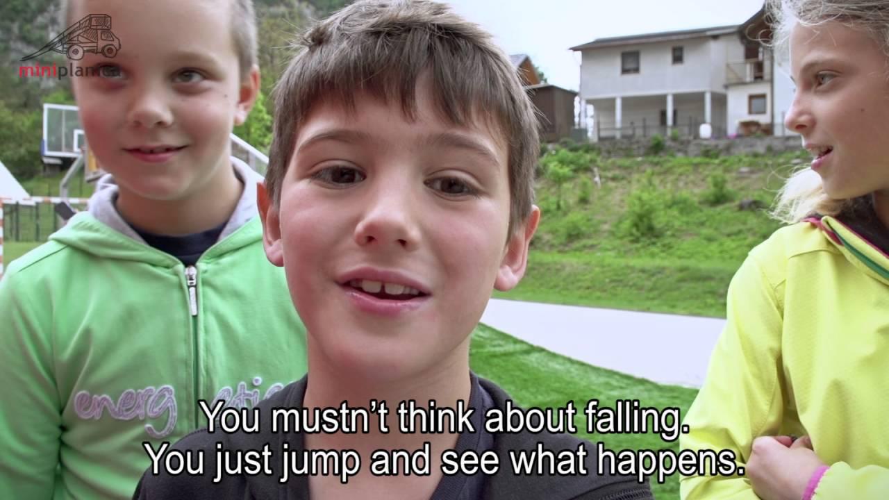 MiniPlanica mobile ski jumping hill, subtitles