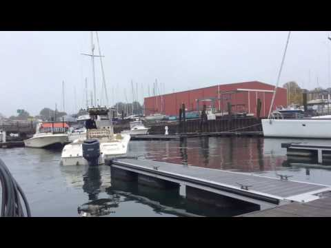 24ft Center Console- Docking