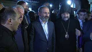 Ինչպես են Սոչիի հայ համայնքի ներկայացուցիչները դիմավորել Նիկոլ Փաշինյանին