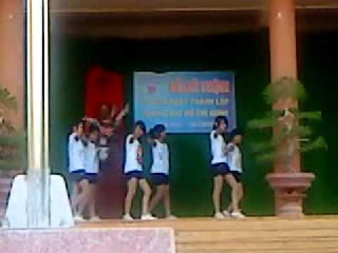 12a1 THPT Trần Phú-BMT-Dak lak-Nhảy hiện đại