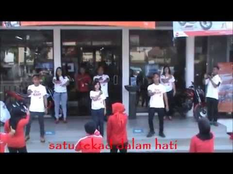 """#AstraMotor, #FlashMobAsmo, Di Astra Motor Bandung"
