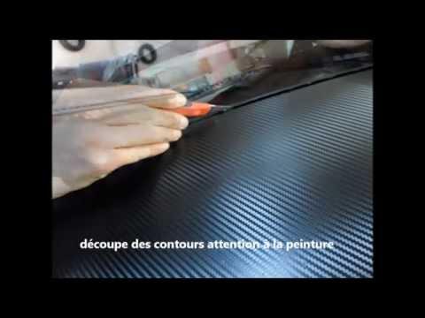 carbone 3D noir sur un toit sans chauffer
