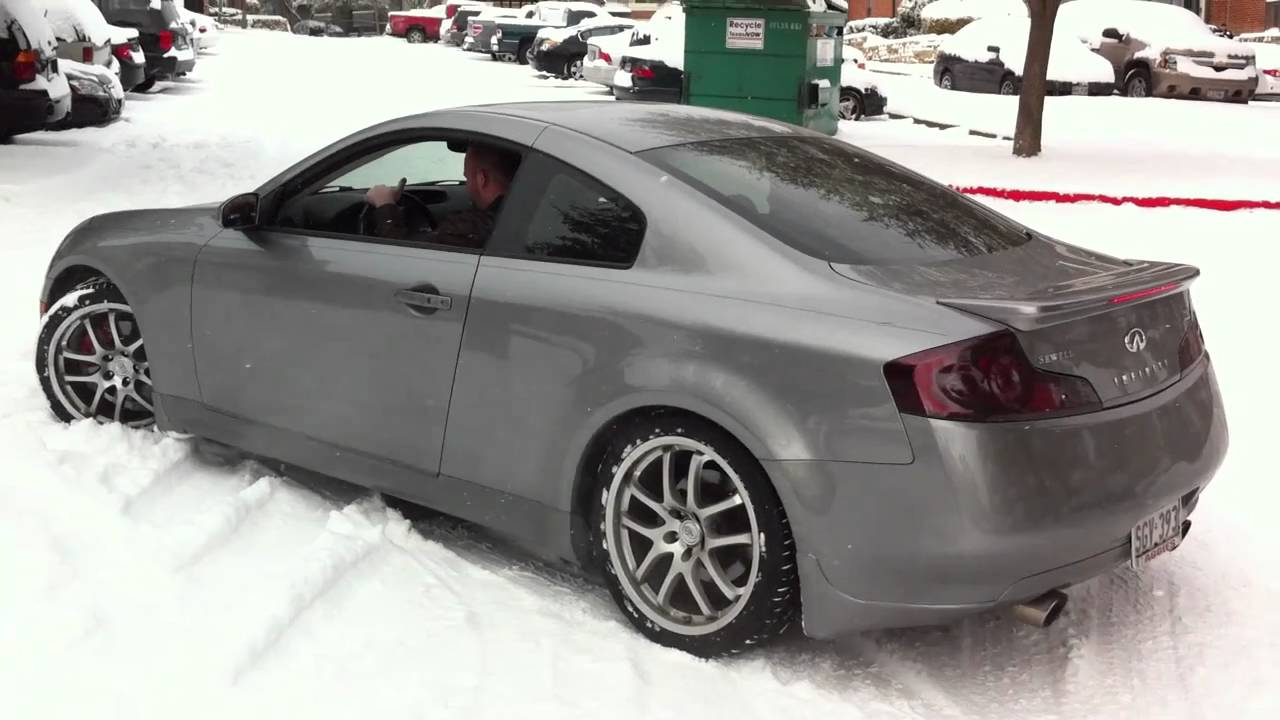 Infiniti G35 In The Snow With Summer Tires Youtube
