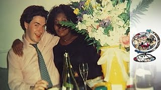 Osborne And Cameron: Hijinx At Ashford Book (2011)