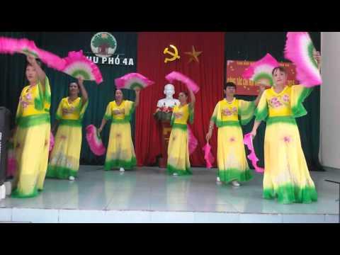 Bài múa cực đẹp của hội phụ nữ khu 4a.hà phong.
