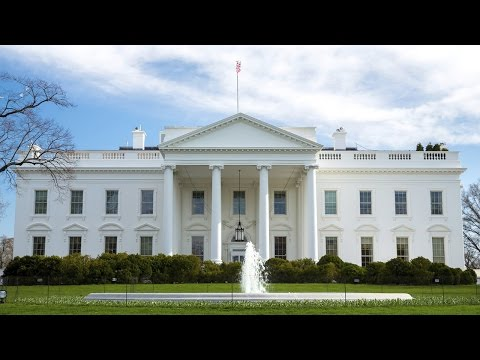 Is the White House violating the Constitution when it bars five news outlets?