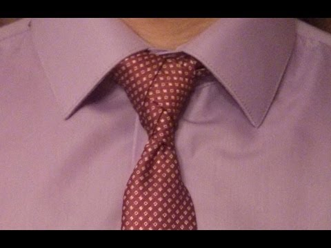 How to tie a tie.
