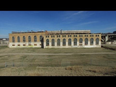 Abandoned Power Plant | Urban Exploring | Fort Worth | Jumping over barbed wire!!