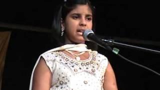 Anusha singing Ullasada Hoomale from kannada movie Cheluvina Chittara