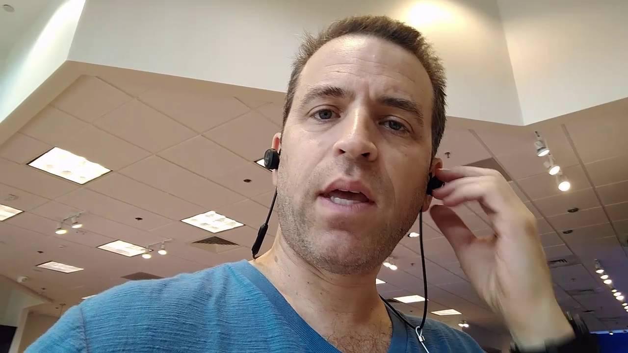 Bose SoundSport Wireless Headphones Experience - YouTube