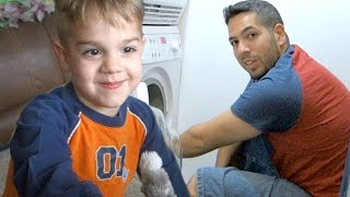 KID GIVES VERY PERSONAL BATHROOM TOUR!