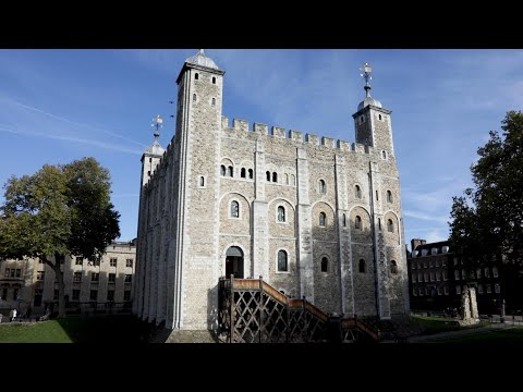 The Tower of London - Curious History Tour