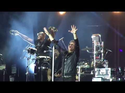 B Jovi  Livin  a Prayer  at Rock In Rio 2017