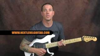 Lead guitar soloing lesson flashy Pentatonic licks get out of the box for blues rock metal