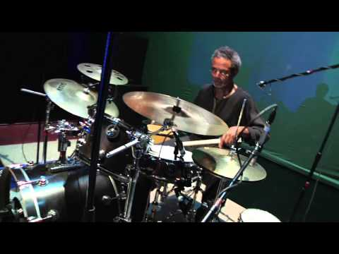The Low Rider Band - Harold Brown/Chuk Barber percussion solo