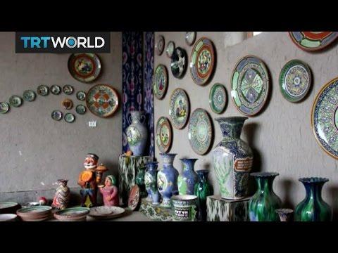 Showcase: Uzbek ceramics