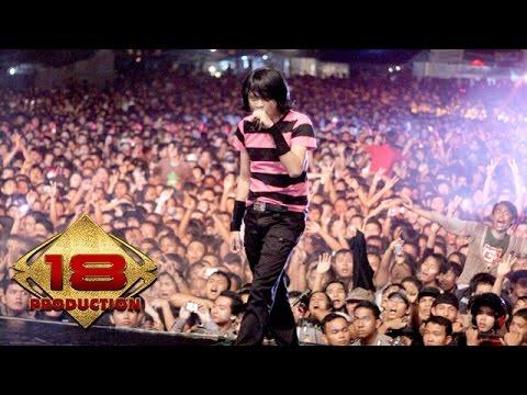 GIGI - Nakal (Live Konser Blitar 08 April 2008)