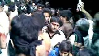 Zanjeer zani 28 safar gujar gali mochi gate lahore 2012.mp4