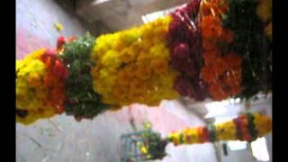 Appikatla Ganesh Gajamala, Flowers garlands