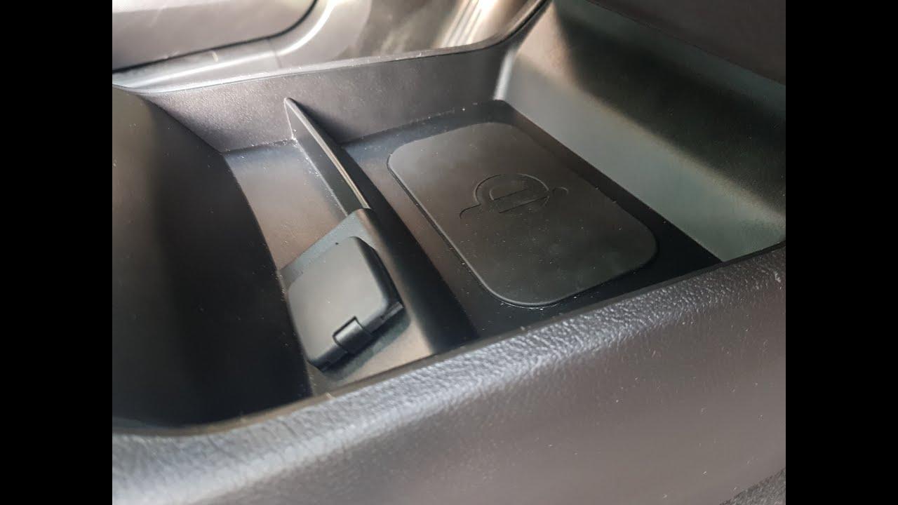 Montaz Ladowarki Bezprzewodowej Qi Ford Mondeo Mk5 Youtube
