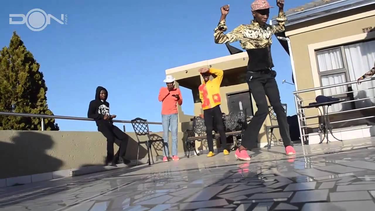 dancers soweto - YouTube
