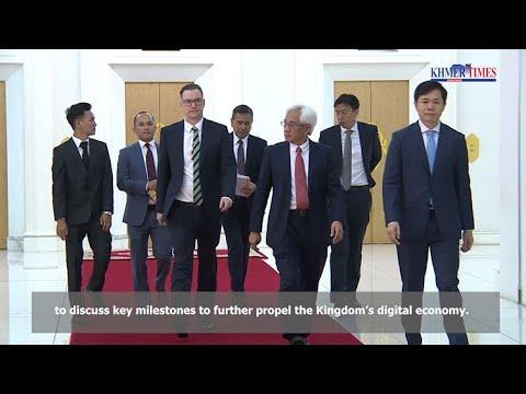 President Of Axiata Group Berhad Meets With Hun Sen