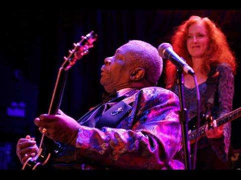 Bonnie Raitt and B.B. King - House of Blues Chicago (2004)