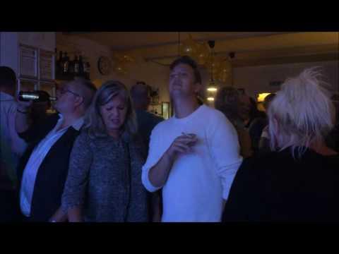 Jeg Vil Bo På Vesterbro/ Ikke Flere Penge Fyret Fra Mit Job