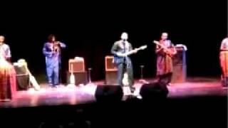 Video Samba Touré - Gomni. Live 2011 download MP3, 3GP, MP4, WEBM, AVI, FLV November 2018