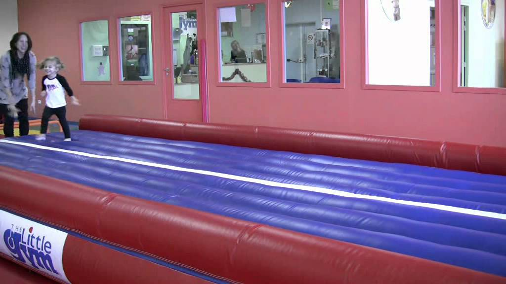 The Little Gym Orgeval - YouTube