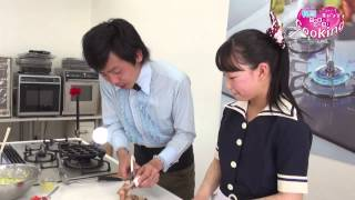 吉本芸人の梶剛さんと香川県ご当地アイドルきみともキャンディのまおさ...
