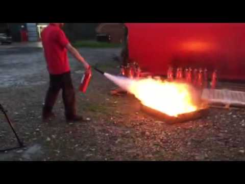 Demonstration Of Extinguishing Agents For A Liquid Fire