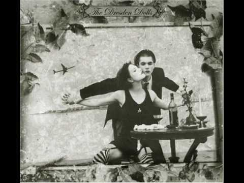 The Dresden Dolls - Girl Anachronism