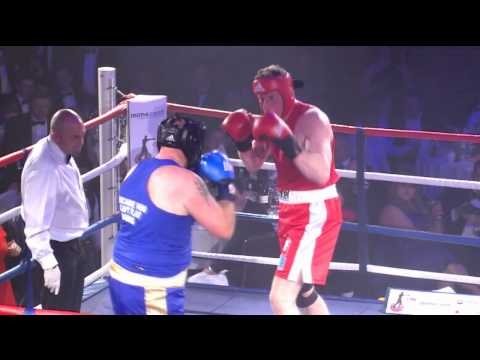CRN Fight Night 2013: Laurence Rowe vs Scott Rutherford