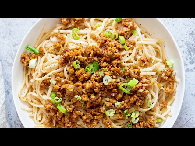 SESAME NOODLES WITH LEMONGRASS TEMPEH CRUMBLES | Vegan Richa Recipes