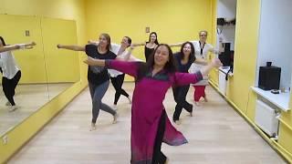 Индийский танец (бесплатный урок) Bollywood dance. Танцует www.apsara.ru