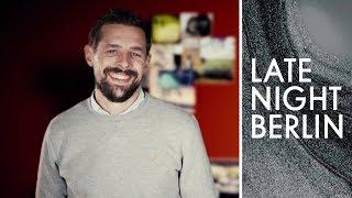 Bitte melde dich (nicht): Wird Klaas Helgersons Großeltern finden? | Late Night Berlin | ProSieben