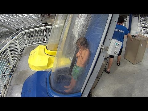 Blue Screamer Extreme Water Slide at World Waterpark