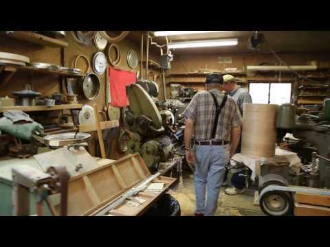 Companion Banjos: Jimmy Cox Interview and Shop Tour