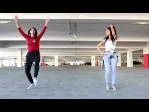 adu joget India 2 gadis cantik    lucu dan menggemaskan