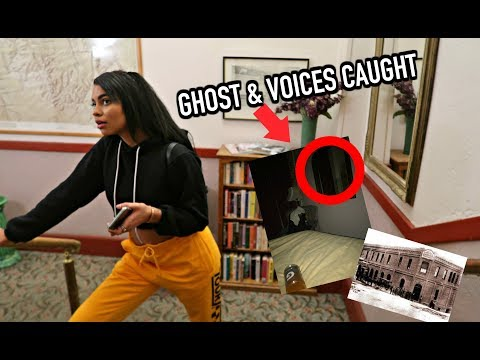 STAYING THE NIGHT IN A HAUNTED HOTEL!