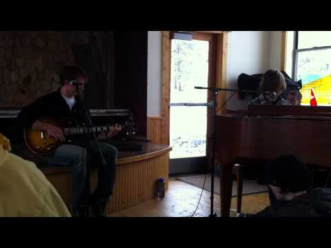"""Avett Brother's """"Head Full Of Doubt/Road Full Of Promise"""" covered by Eagle Rock School"""