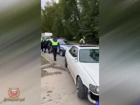 Лишенный прав до 2022 года водитель устроил гонки с ГИБДД по улицам Ачинска