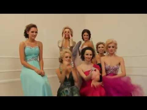 2012 Miss China Australia Tourism Day 4   The GRAND FINALISTS Billboard Photoshoot