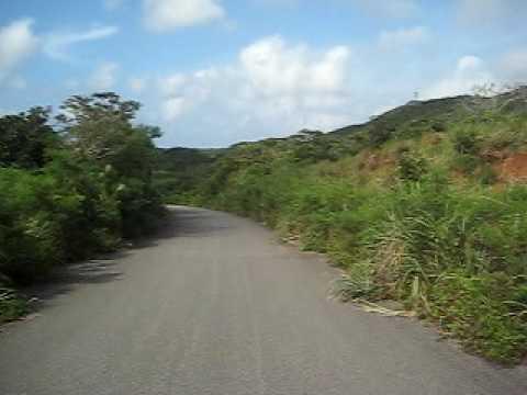 Dr.コトーの道。与那国島内陸の道。