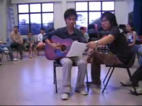 《他是君王》词:Simon Phan 曲:Anthony Lai