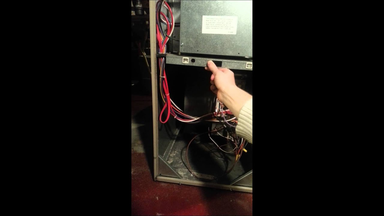 Furnace making really loud buzzing noise - YouTube
